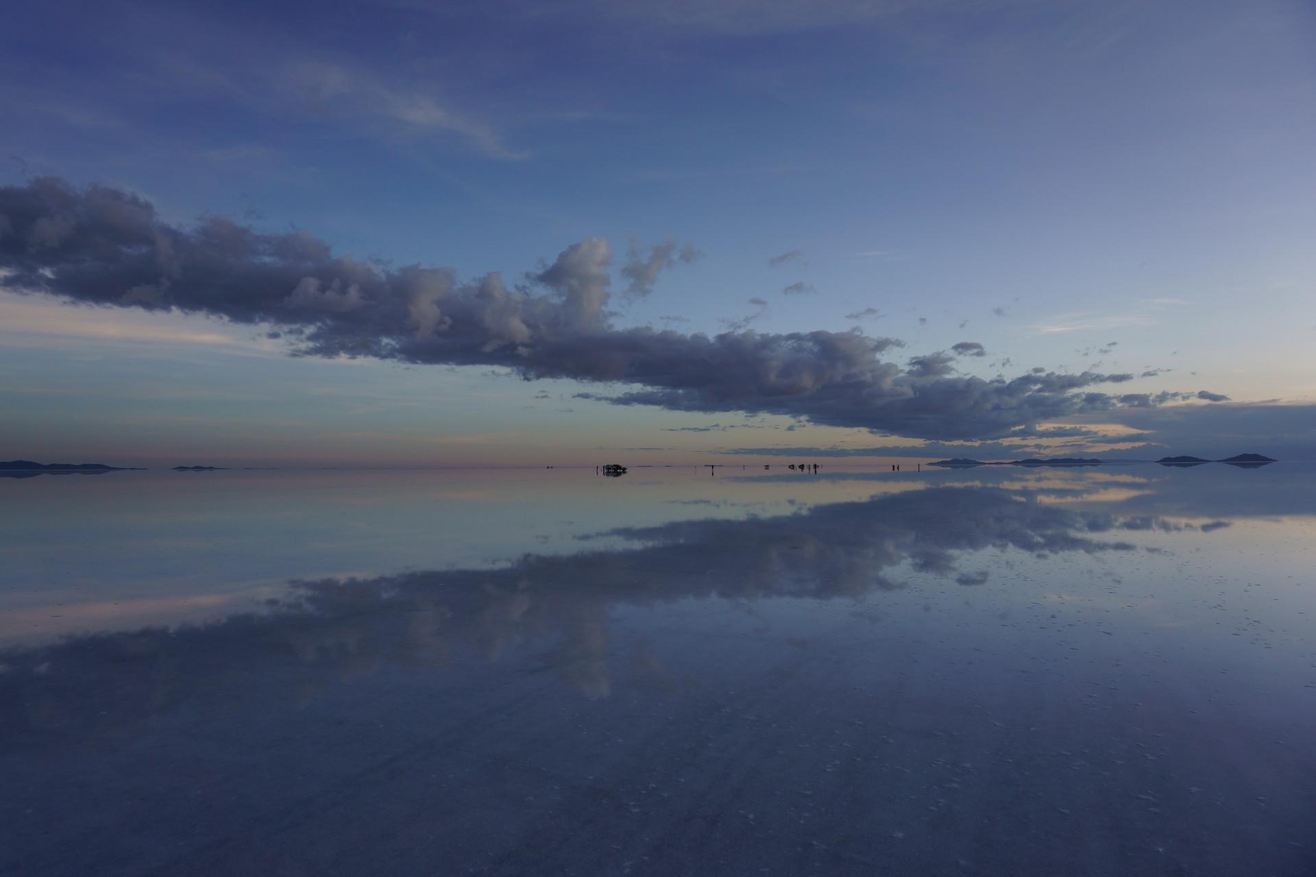 ボリビア ウユニ塩湖 サンセットサンライズ 夕暮れ