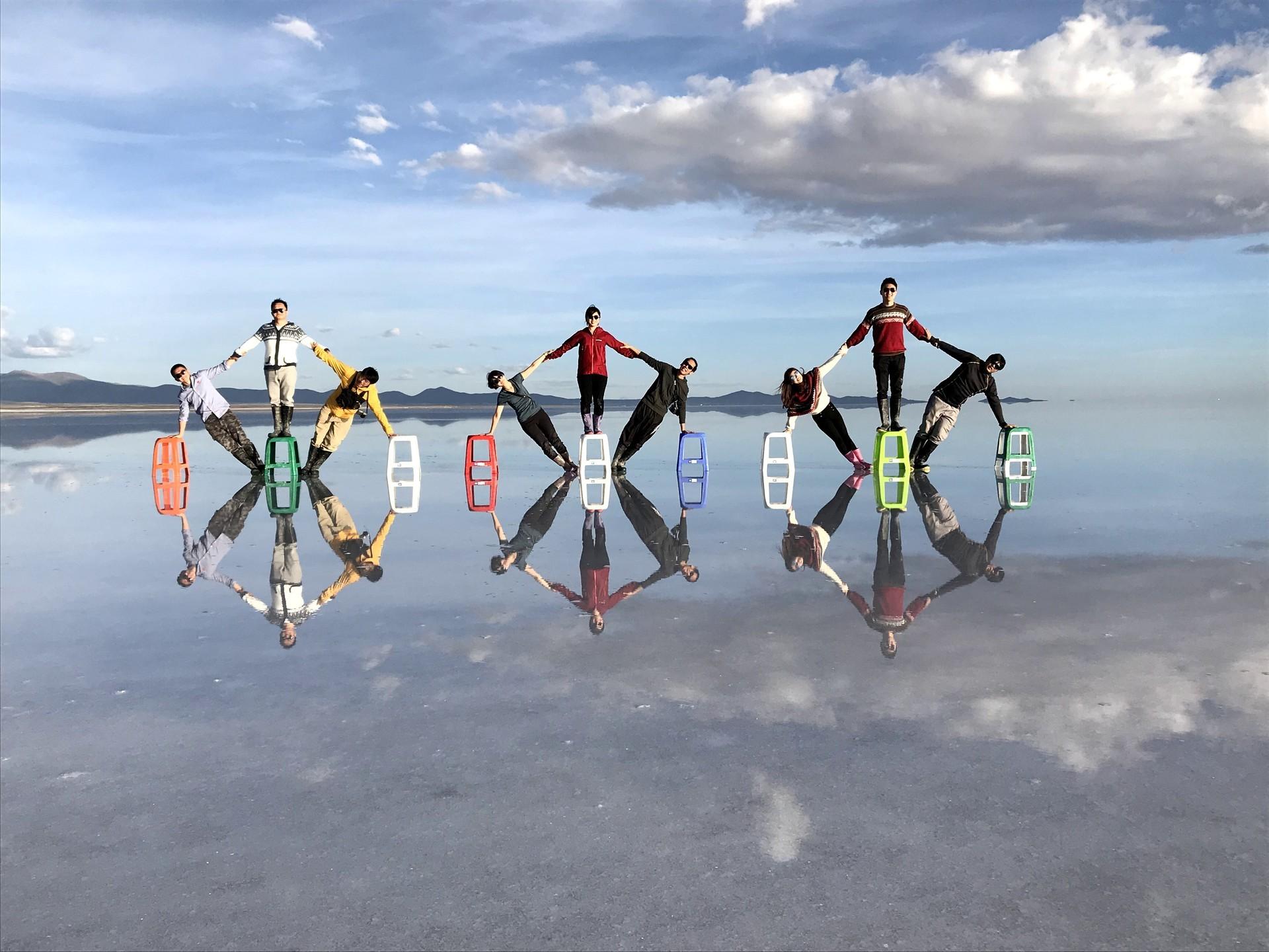 ボリビア ウユニ塩湖 サンセットサンライズ ポーズ
